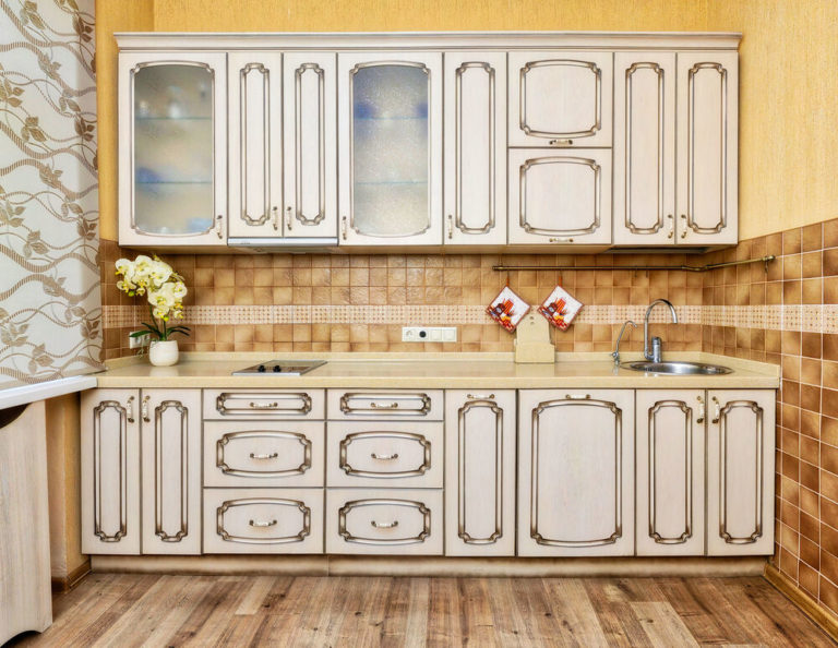 Яфотографировать установленную кухню в интерьере. Заказать фотосъемку